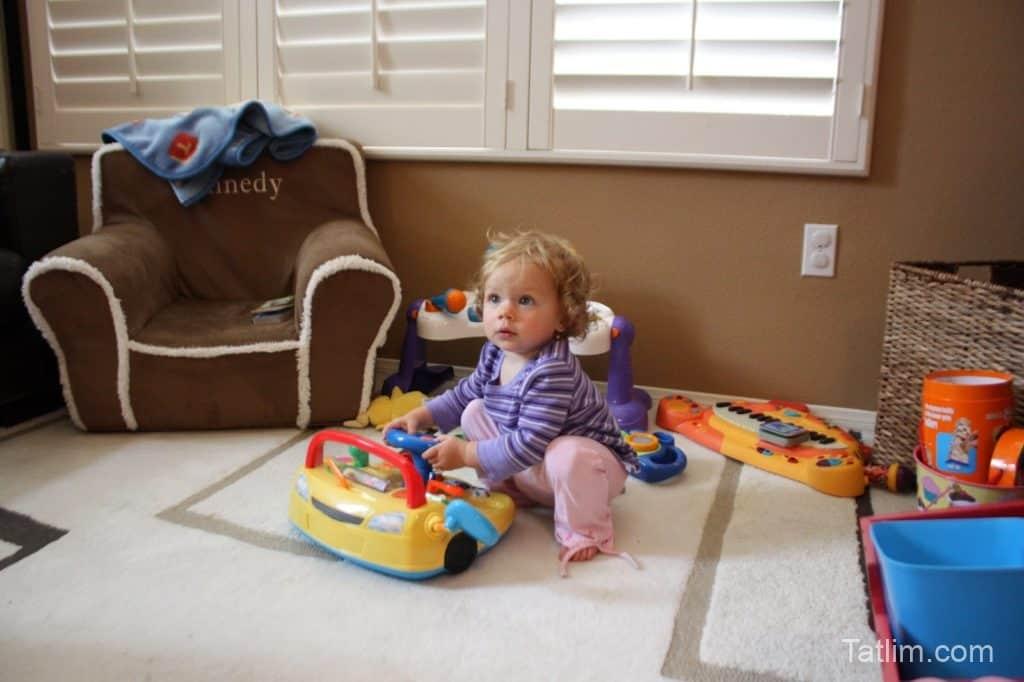 Bebekler İçin Oyuncak Seçimi